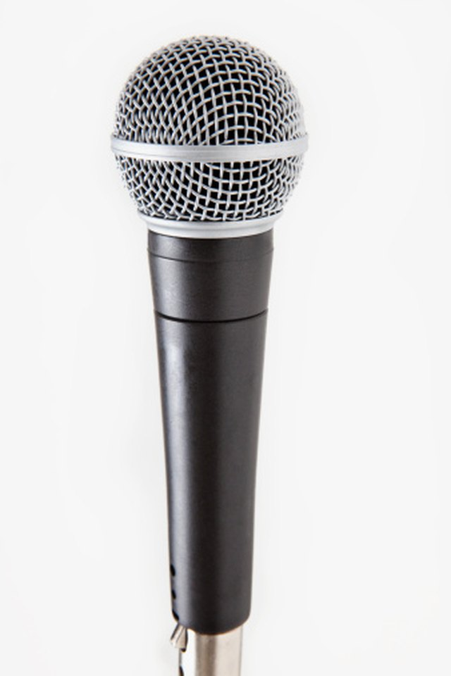 The Parts Of A Working Microphone