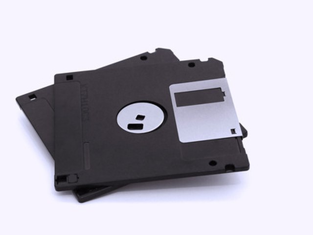 What Is the Purpose of a Floppy Disk Drive? | Techwalla.com