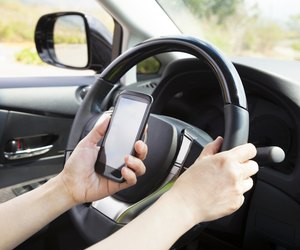 cause and effect essay on cell phones while driving
