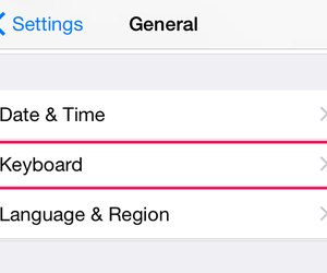 How to type umlaut letters on an iphone techwalla add a german keyboard expocarfo Image collections