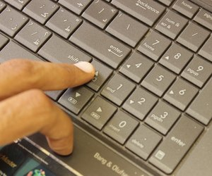 How to scroll on a laptop