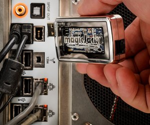 magicjack how to fix no sound techwalla comunplug your internet modem for three minutes, then plug it back in once your internet connection is reestablished, unplug the magicjack usb device from