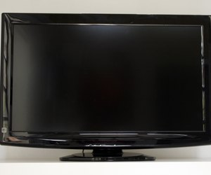 How To Remove The Base Of An Lg Lcd Tv Techwalla Com