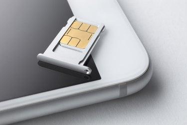 Sim card and smart phone