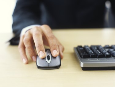 Man using mouse, close up