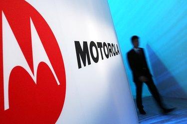 Motorola And Verizon Hold News Conference