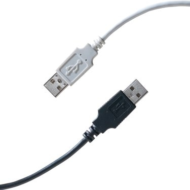 Diagonal black and white USB cables