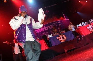 HOT 97's Metro PCS 5 Boro Takeover Tour: Wu Massacre