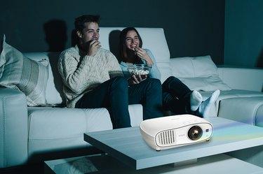 Epson Home Cinema 3700 Full HD 1080p 3LCD Projector