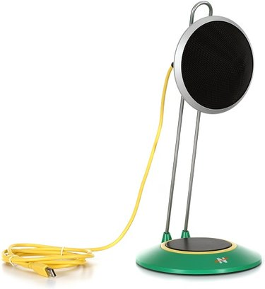 Widget A mic