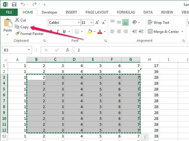 Copying data from Excel to the clipboard.