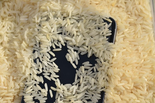 Pelephone repair-Cell Phones Inside Rice