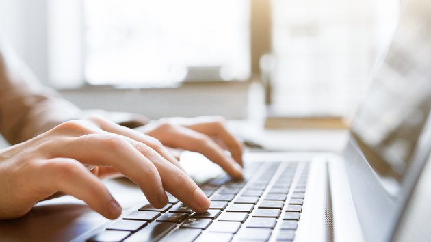 website technical content writer social blogging