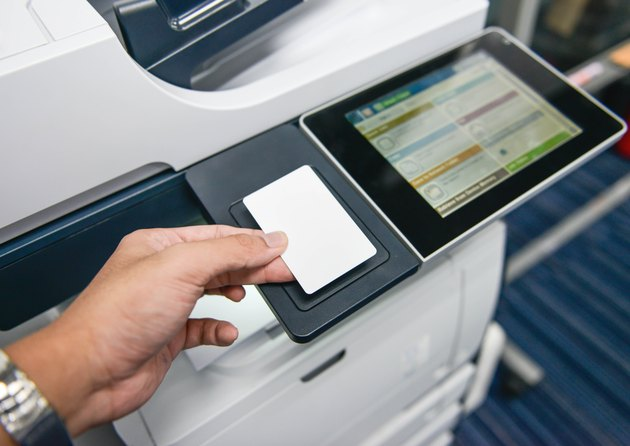 Using the access card on printer to printing the document