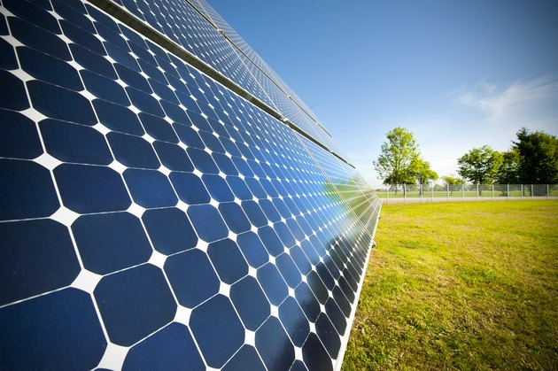 Photovoltaik - renewable and green engery: closeup of solar panel
