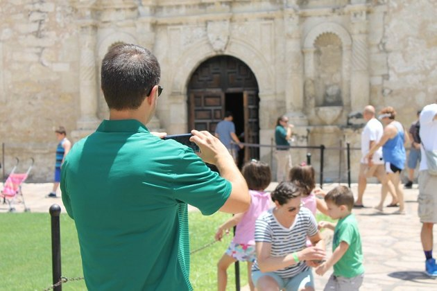 Travelers go sight-seeing