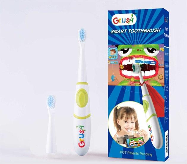 A Grush toothbrush set