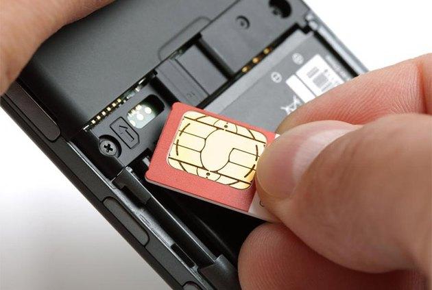 Inserting a SIM card in a smartphone