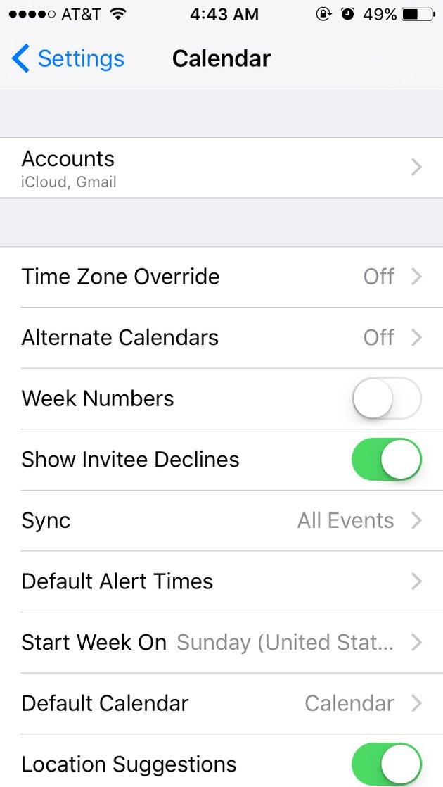 Screen capture of Calendar settings on iPhone.