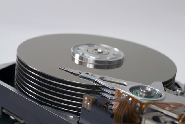 What Is the Difference Between Optical & Magnetic Storage ...