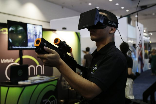5 things you can do with Virtual Reality technology | Best ...