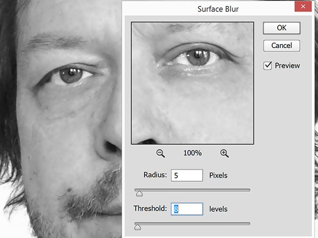 Surface Blur window with Preview