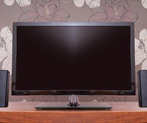 How to Connect External Speakers to a TV Techwallacom