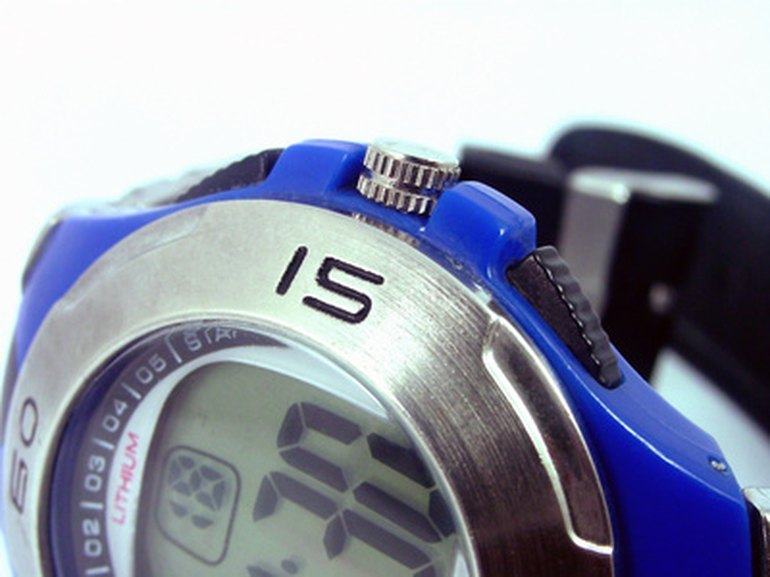 a How to Change the Time on a Casio G-Shock Watch