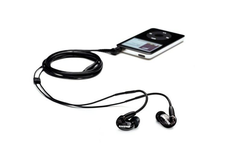 SE215 Sound Isolating Earphones